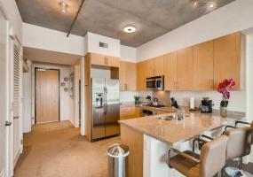 353 E Bonneville Av, #913, 89101, Las Vegas, 1 Bedroom Bedrooms, ,1 BathroomBathrooms,Condo,Furnished,Juhl,E Bonneville,9,1325
